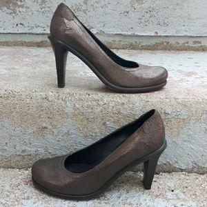 Donald j. Pliner ushi heels.  Size 7